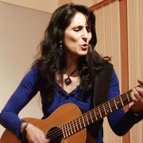 Liz Queler's avatar