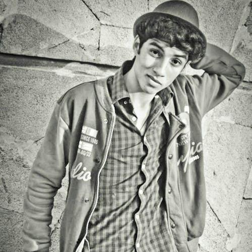 Hamza El Kholfi's avatar