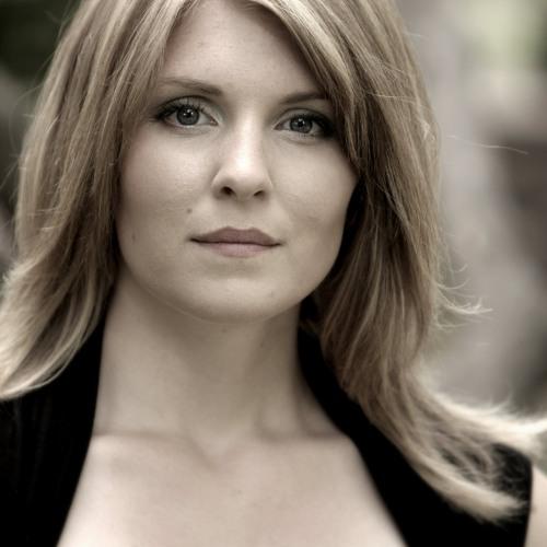 Amanda DeBoer Bartlett's avatar