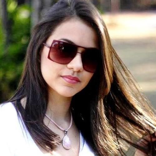 Ana Clara Jammal's avatar