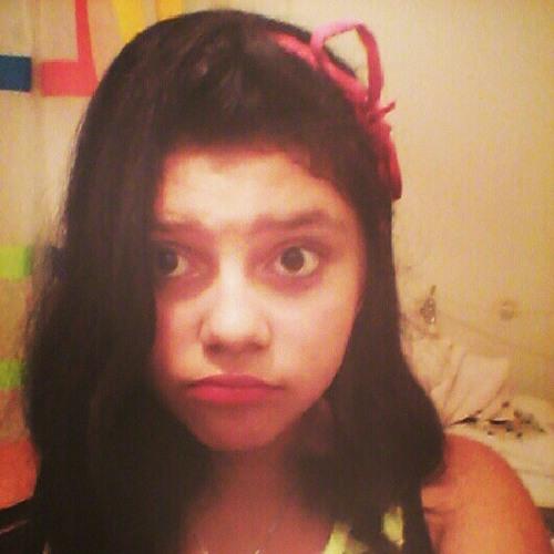 Pia Loquilla's avatar