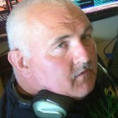 Davy Tee's avatar