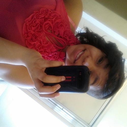 danielle220's avatar