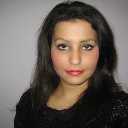 Esther Adera's avatar
