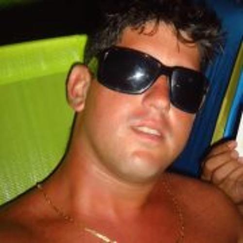 Rodrigo Mad Moreira's avatar