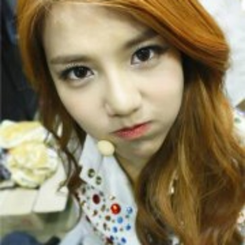 Shin Hye Jeong's avatar