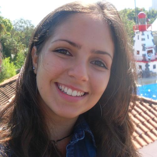 Emillie Pinheiro's avatar