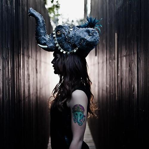 LelaLuminous's avatar