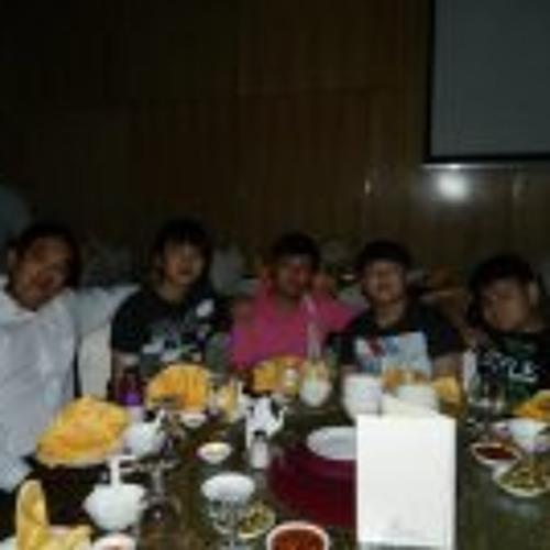 Zhou Long's avatar