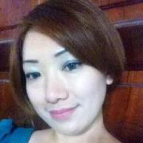 Joan Low 3's avatar