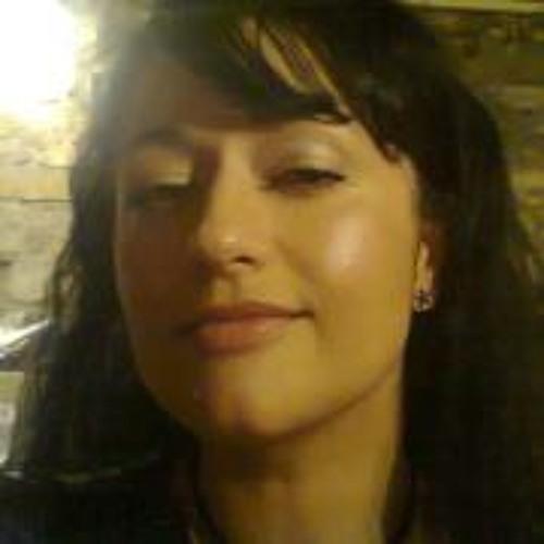 Anna Sen's avatar