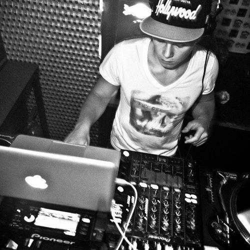 DJ DEE AL's avatar