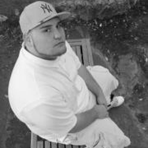 Tyler Salas's avatar