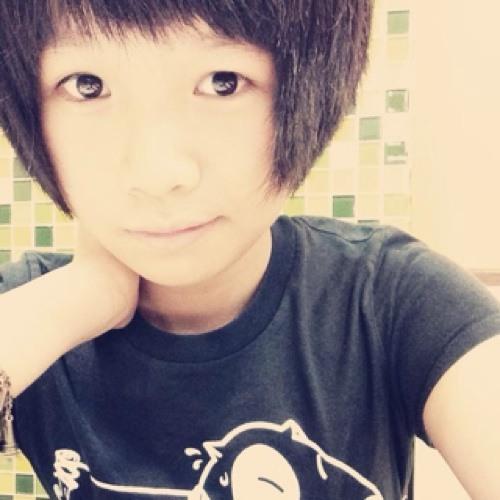 XiiaoWern's avatar