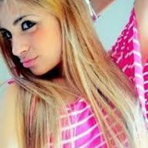 Nathalia Menzel's avatar