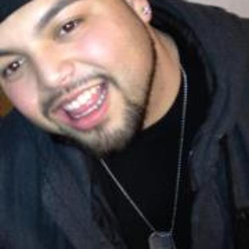 Darrick Hernandez's avatar