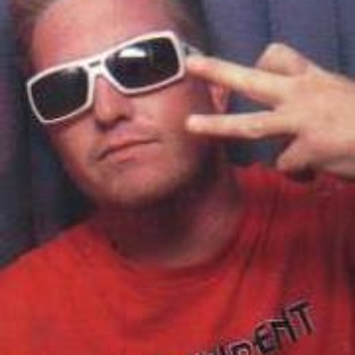 Chuck Adams 3's avatar