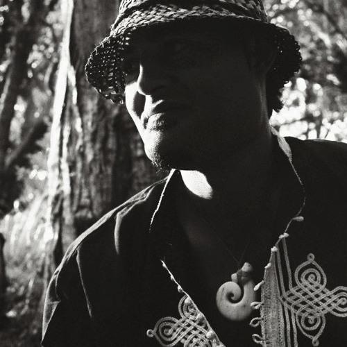 Matiu Te Huki's avatar