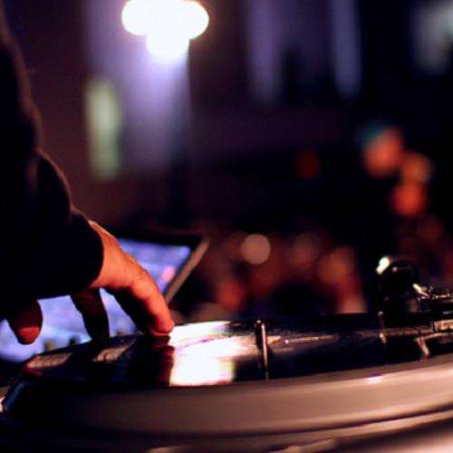 DJ Ollyfader's avatar