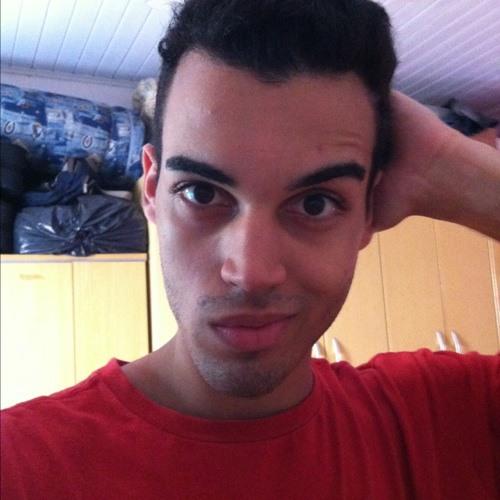 Michael 14 Nunes's avatar