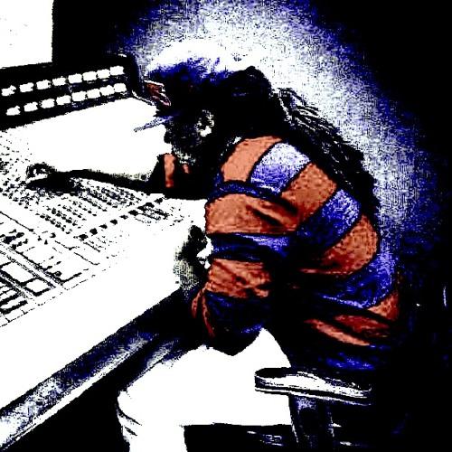 MixesByTdot's avatar