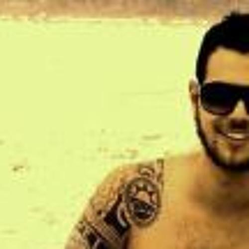 Carlos Pellegrino's avatar