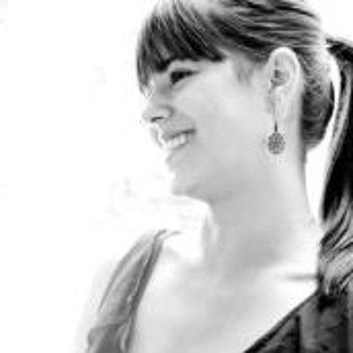 Denise Chung's avatar