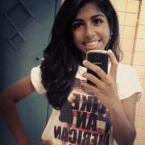 Jamylle Siqueira's avatar
