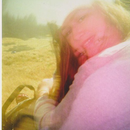 Thalia Cove's avatar