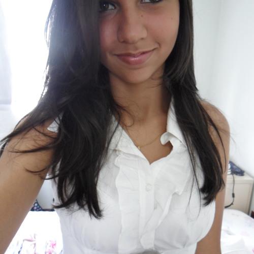 Paola C.'s avatar