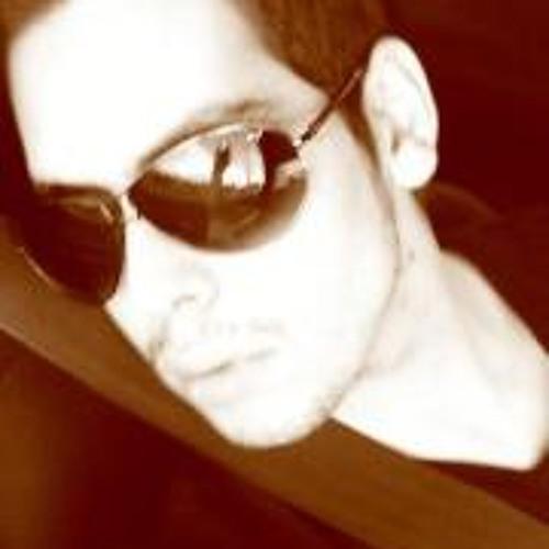Jhonas Favaretto's avatar