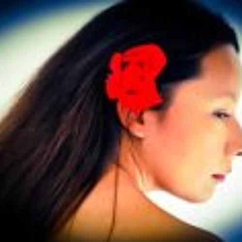 Luckie Gonzalez's avatar