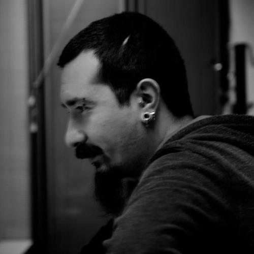 Levent Ozel's avatar