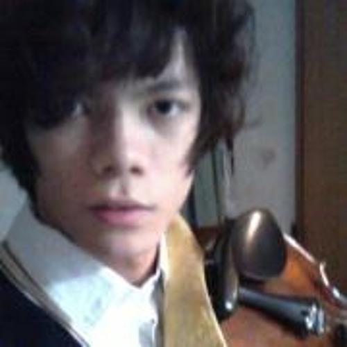 Ting-Jia Huang's avatar