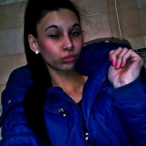 Tiia 16's avatar