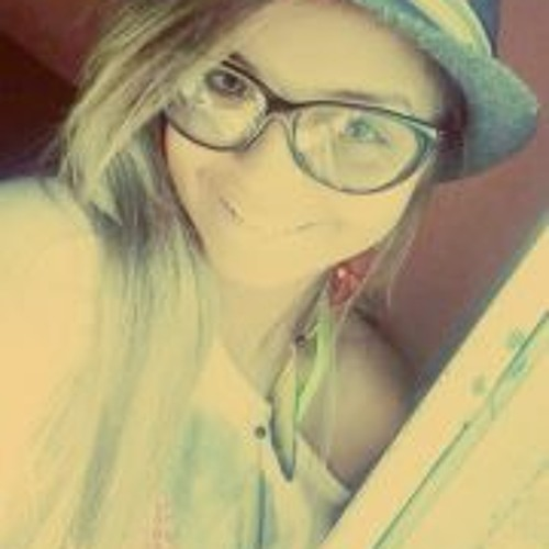 Nicole Brenna Neves's avatar