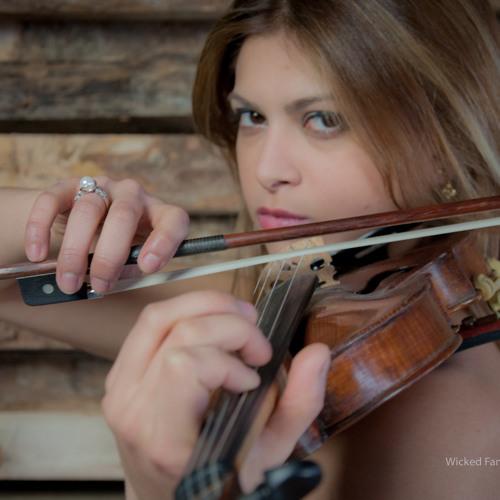 Yasmine Azaiez's avatar