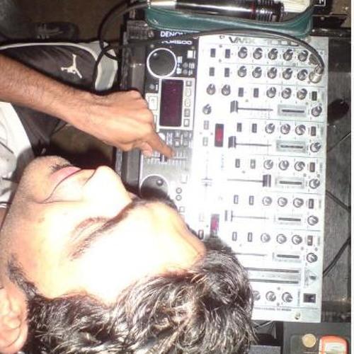Azhar Lareef's avatar