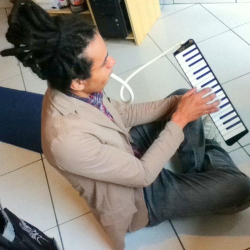 Carlos August 84's avatar