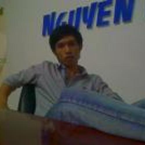 Elvis Nguyễn 4's avatar