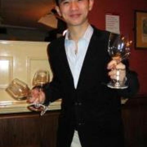 Dale Hoang's avatar