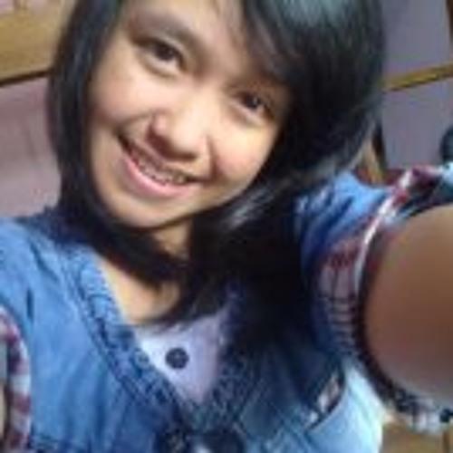 Sintia Dwinur Andini's avatar