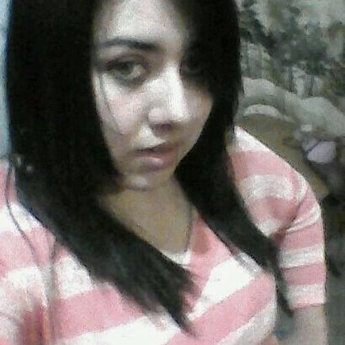 Vanesa Alvarado's avatar