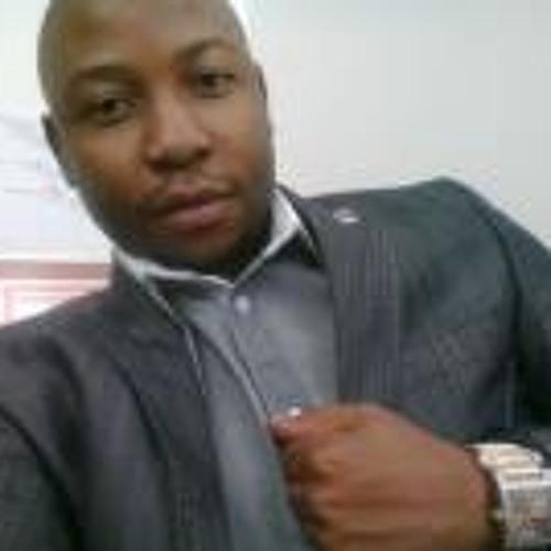 Dennis Tsanga's avatar