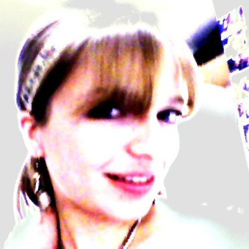 Ella Wilson's avatar