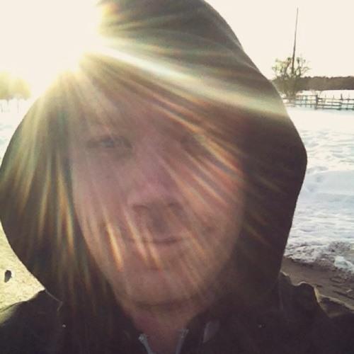 chrisluke84's avatar