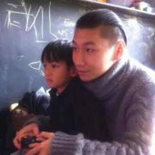 Xuan Viet Ravel's avatar