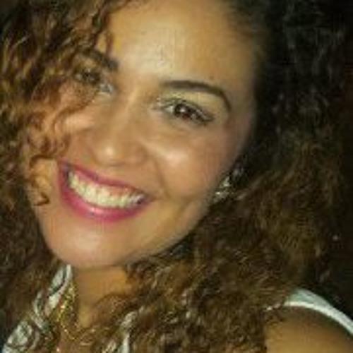 Priscila Barros 4's avatar