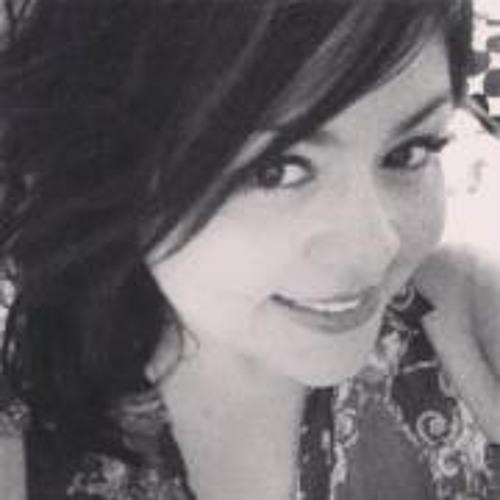 Diana Mena's avatar