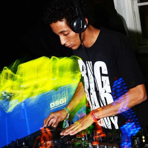 DJ Tyrant (T.Y)'s avatar